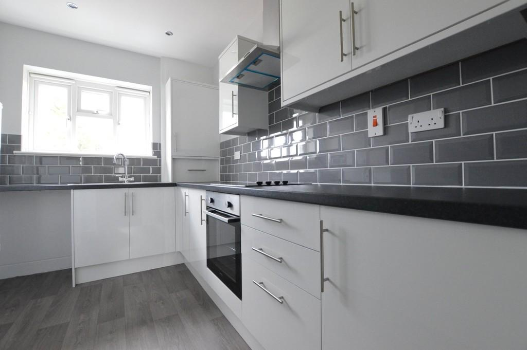 1 Bedroom Apartment Flat for sale in Altash Way, Eltham SE9