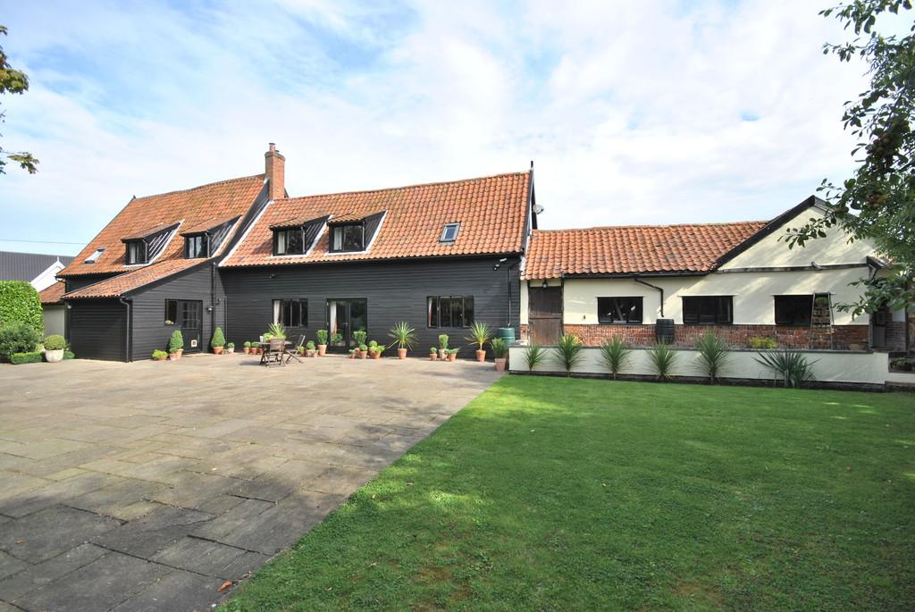 5 Bedrooms Barn Conversion Character Property for sale in Botesdale, Suffolk