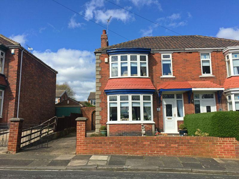 3 Bedrooms Semi Detached House for sale in Conifer Crescent, Billingham