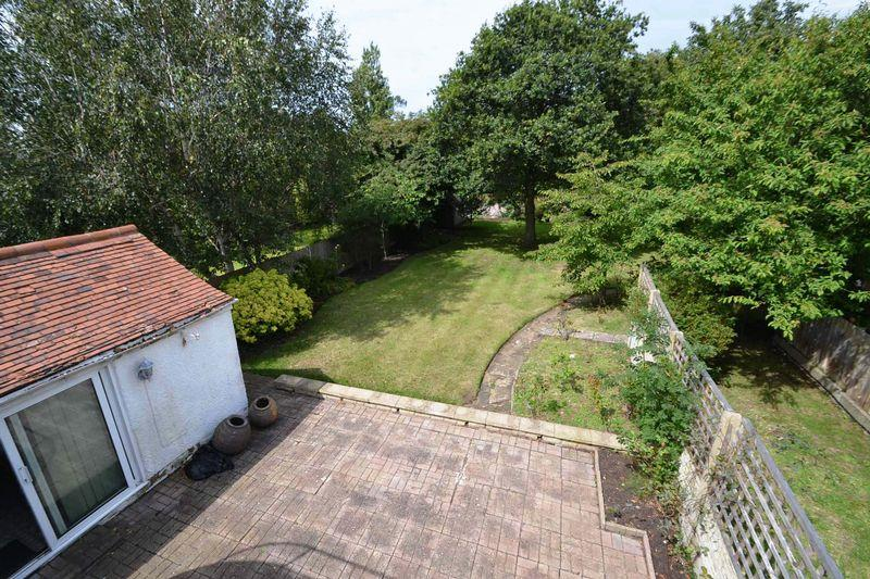 4 Bedrooms Detached House for sale in Mount Road, West Kirby
