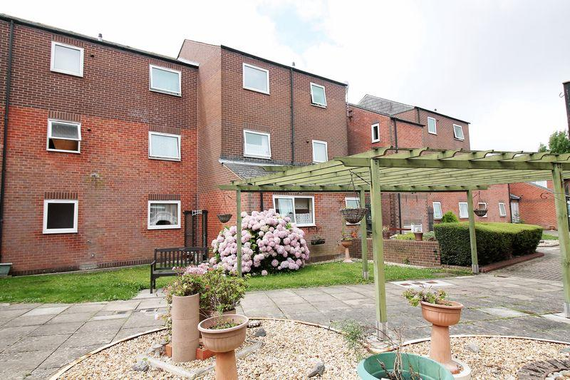 1 Bedroom Apartment Flat for sale in Redwing Court, Milton, Southsea