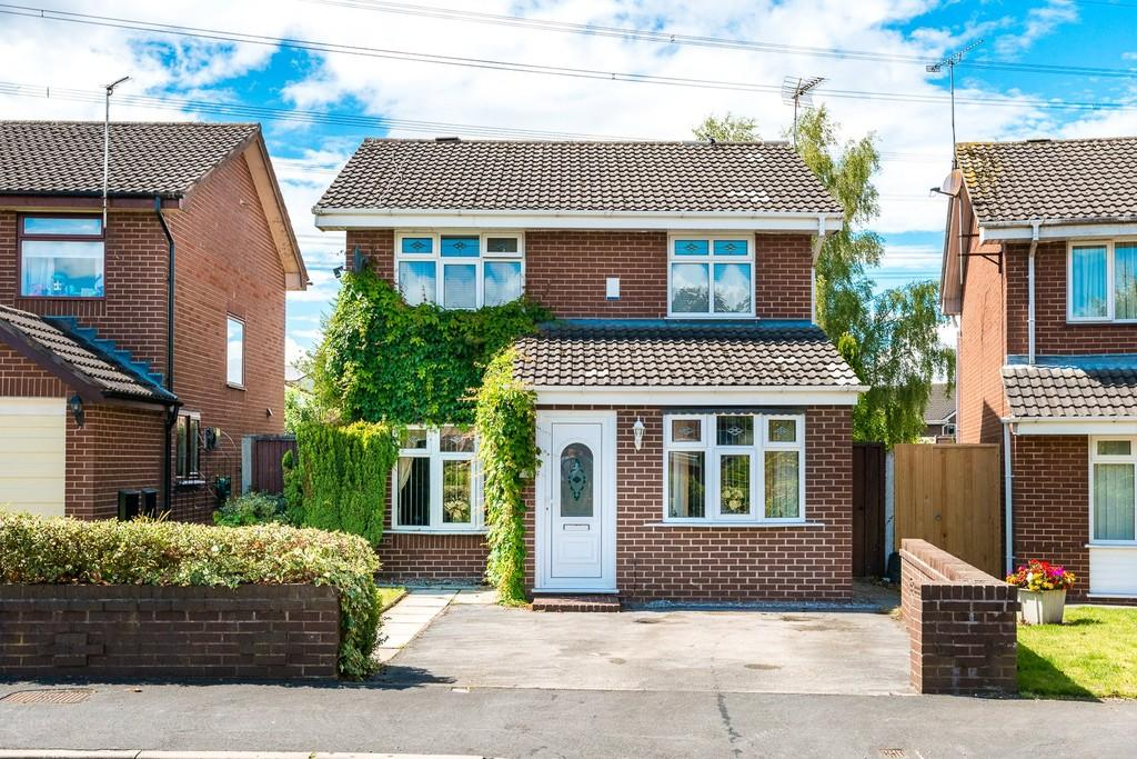 3 Bedrooms Detached House for sale in Grebe Avenue, Eccleston Hill, St. Helens
