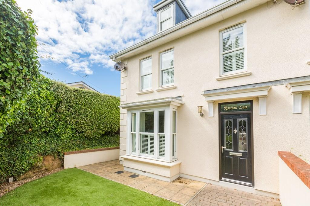 4 Bedrooms Semi Detached House for sale in 4 Summerfield, St. Peter Port, Guernsey