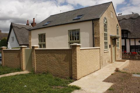 2 bedroom detached house to rent - The Green Beeston Bedfordshire