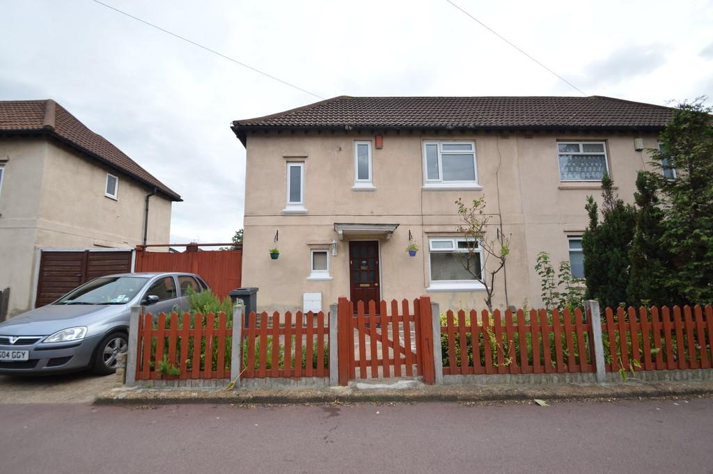 3 Bedrooms Semi Detached House for sale in Lower Broad Street, Dagenham
