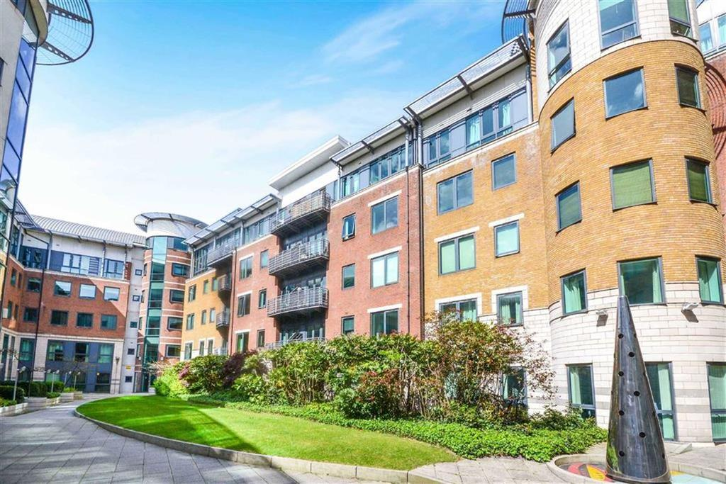 2 Bedrooms Apartment Flat for sale in City South, Southern Gateway, Manchester, M15