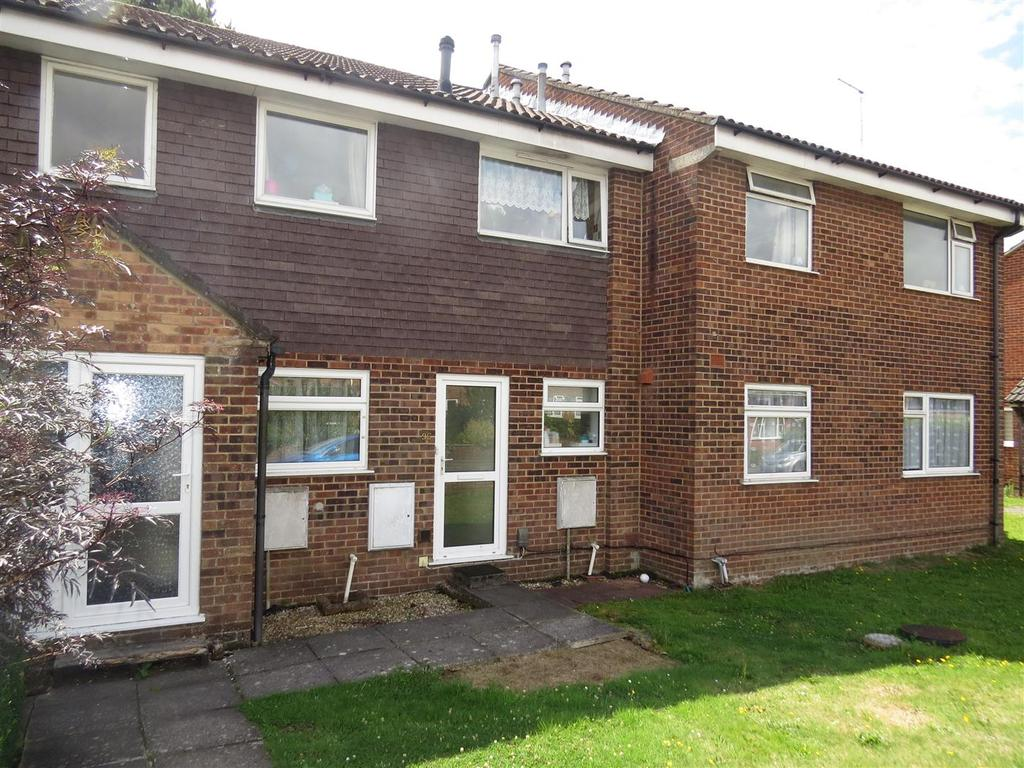 1 Bedroom Flat for sale in Redhoave Road, Canford Heath, Poole