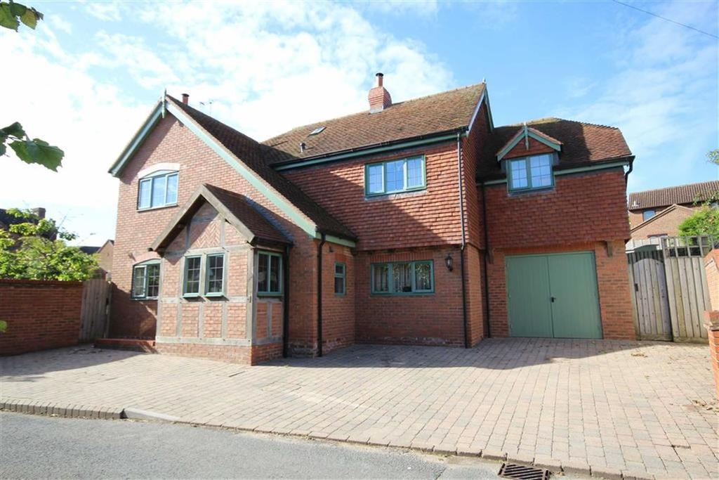 4 Bedrooms Detached House for sale in Gabb Lane, Apperley, Gloucester