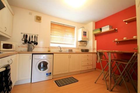 2 bedroom flat to rent - Corvette Court, Cardiff Bay (2 BED)