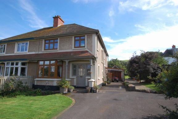 4 Bedrooms Semi Detached House for sale in Minehead