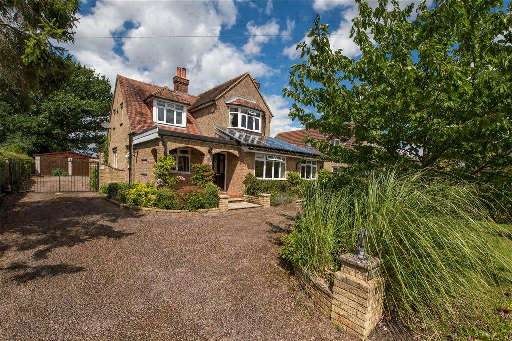 5 Bedrooms Unique Property for sale in High Street, Oakley, Bedford, Bedfordshire