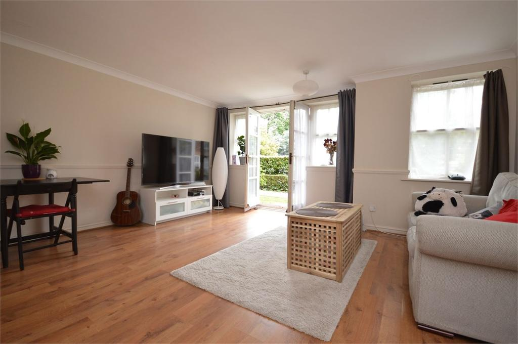 2 Bedrooms Apartment Flat for sale in 189 High Road, South Woodford, LONDON, E18