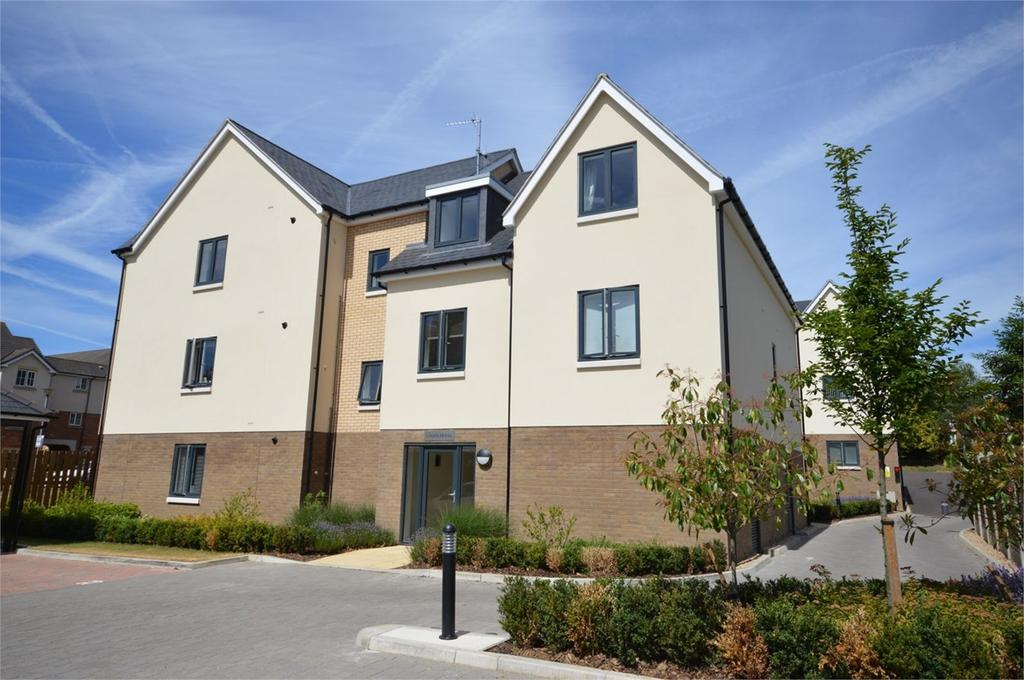 2 Bedrooms Apartment Flat for sale in Flat Linden House, 54 Centre Drive, Epping, CM16