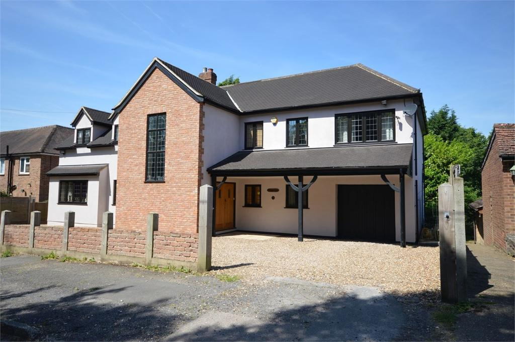 6 Bedrooms Detached House for sale in Woodlands Drive, Hoddesdon, EN11
