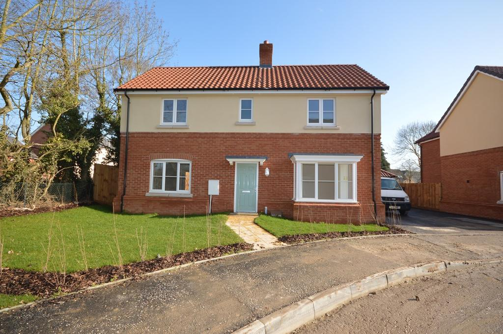 4 Bedrooms Detached House for sale in Dunmow Road, Little Canfield, Dunmow, CM6