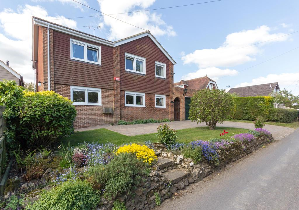 4 Bedrooms Detached House for sale in Bekesbourne Hill, Bekesbourne, Canterbury CT4