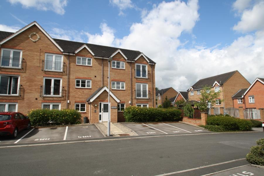 2 Bedrooms Flat for sale in WORDSWORTH HOUSE, ILKLEY, LS29 8US