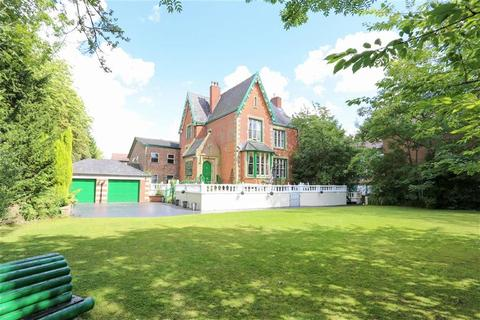 10 bedroom detached house for sale - Grange Avenue, Levenshulme, Manchester