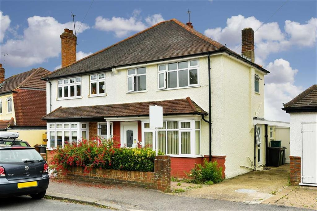 3 Bedrooms Semi Detached House for sale in The Greenway, Epsom, Surrey