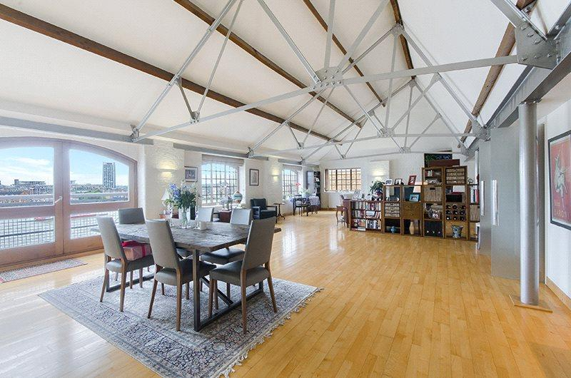 2 Bedrooms Penthouse Flat for sale in New Crane Wharf, 14 New Crane Place, London, E1W