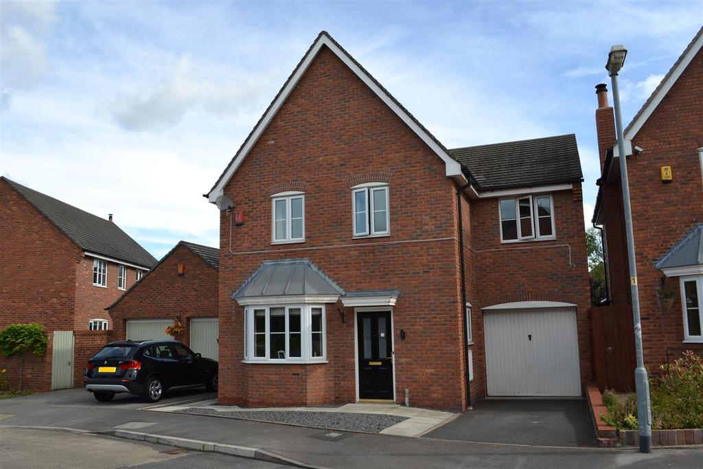 4 Bedrooms Detached House for sale in John Ford Way, Arclid