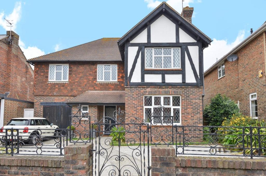 5 Bedrooms Detached House for sale in Vallance Gardens Hove East Sussex BN3