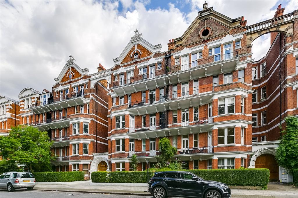 2 Bedrooms Flat for sale in Prince of Wales Mansions, Prince of Wales Drive, London