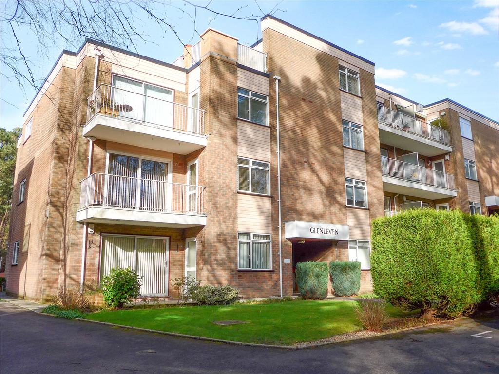 2 Bedrooms Flat for sale in Glenferness Avenue, Talbot Woods, Bournemouth, BH4