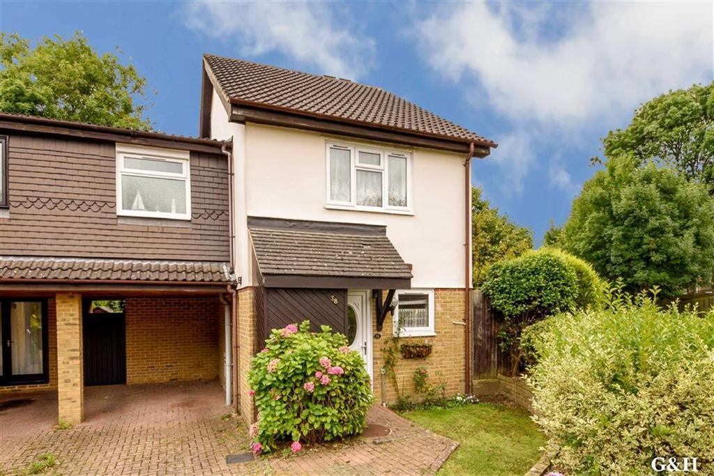 3 Bedrooms Semi Detached House for sale in Hurst Road, Kennington, Ashford