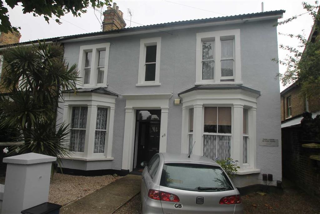 1 Bedroom Apartment Flat for sale in Park Road, Westcliff On Sea, Essex