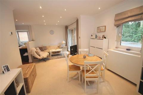 2 bedroom maisonette to rent - Summerau Court, Pencisely Road, Cardiff