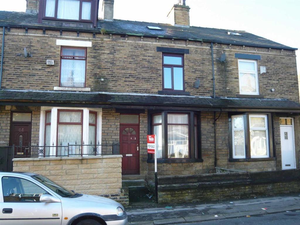 3 Bedrooms Terraced House for sale in Thornbury Drive, Thornbury, Bradford, BD3 8JE