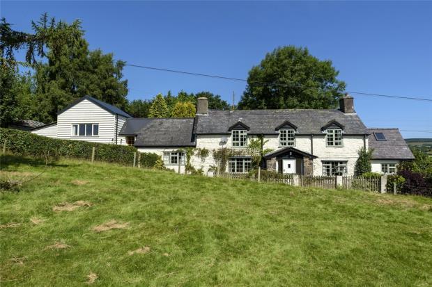 3 Bedrooms House for sale in Bryn Y Groes, Llangadfan, Welshpool, Powys