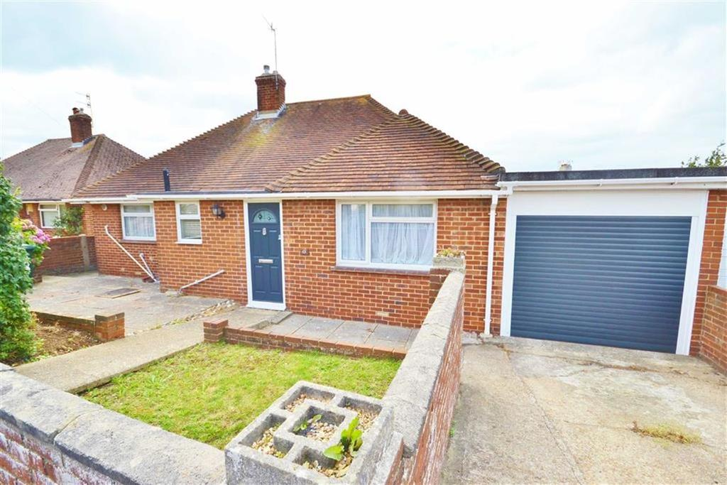 2 Bedrooms Detached Bungalow for sale in Hove