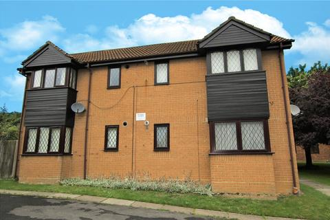 Studio to rent - Ashmere Close, Calcot, Reading, Berkshire, RG31