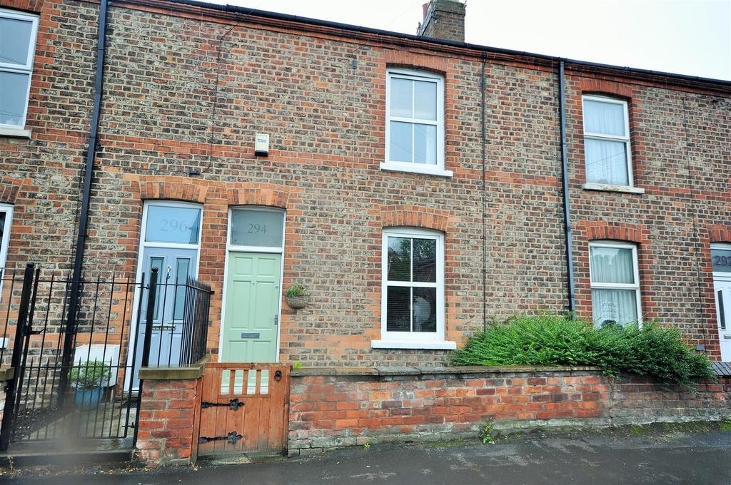3 Bedrooms Terraced House for sale in Huntington Road, York