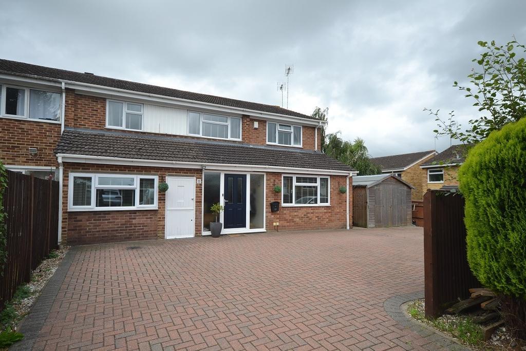 5 Bedrooms Semi Detached House for sale in Caversham Park