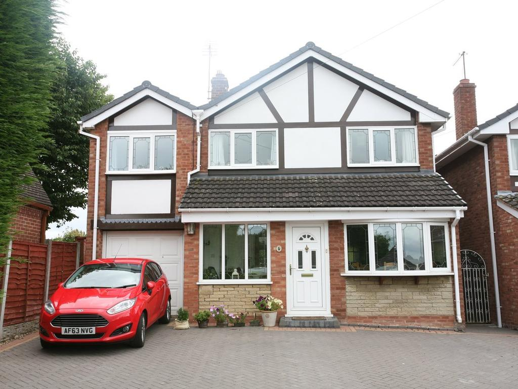 5 Bedrooms Detached House for sale in 5 Waveney Grove, Cannock, WS11 1NL