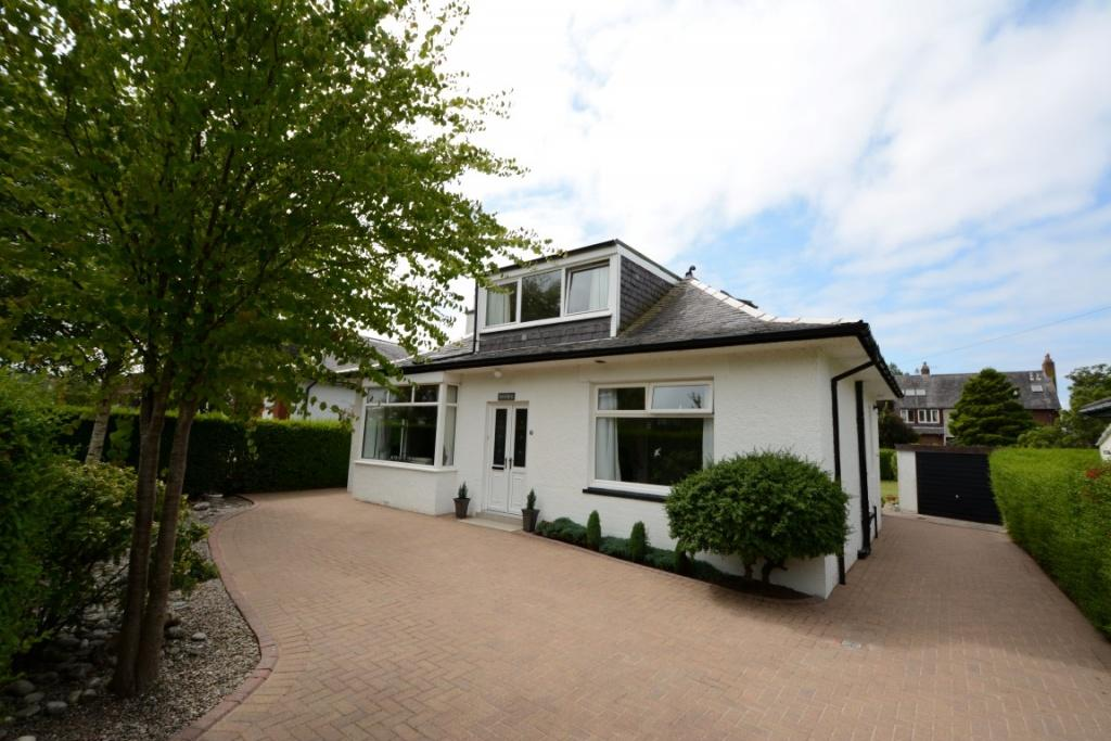 4 Bedrooms Detached Bungalow for sale in 23 Montgomerie Drive, Fairlie, KA29 0DY