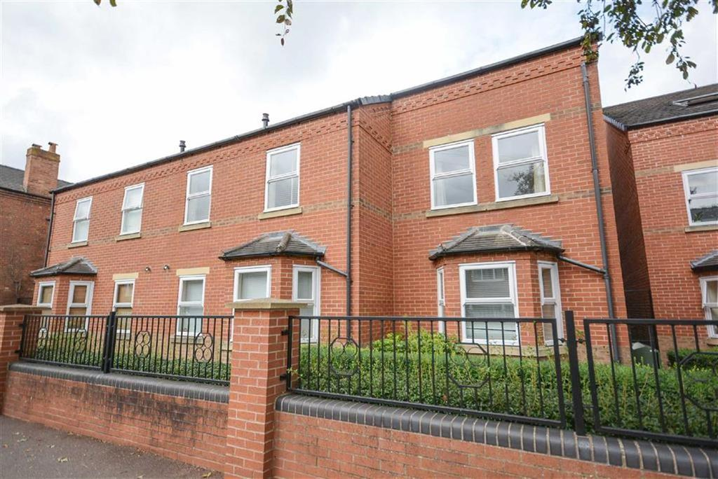 2 Bedrooms Maisonette Flat for sale in Seymour Road, West Bridgford