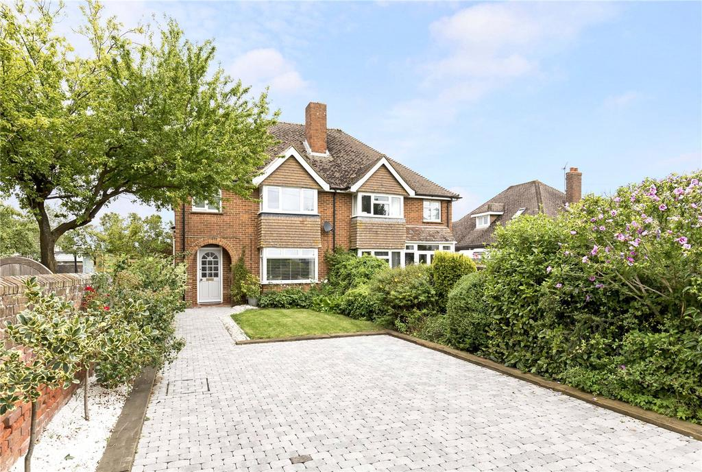 3 Bedrooms Semi Detached House for sale in Fishbourne Road West, Chichester, West Sussex