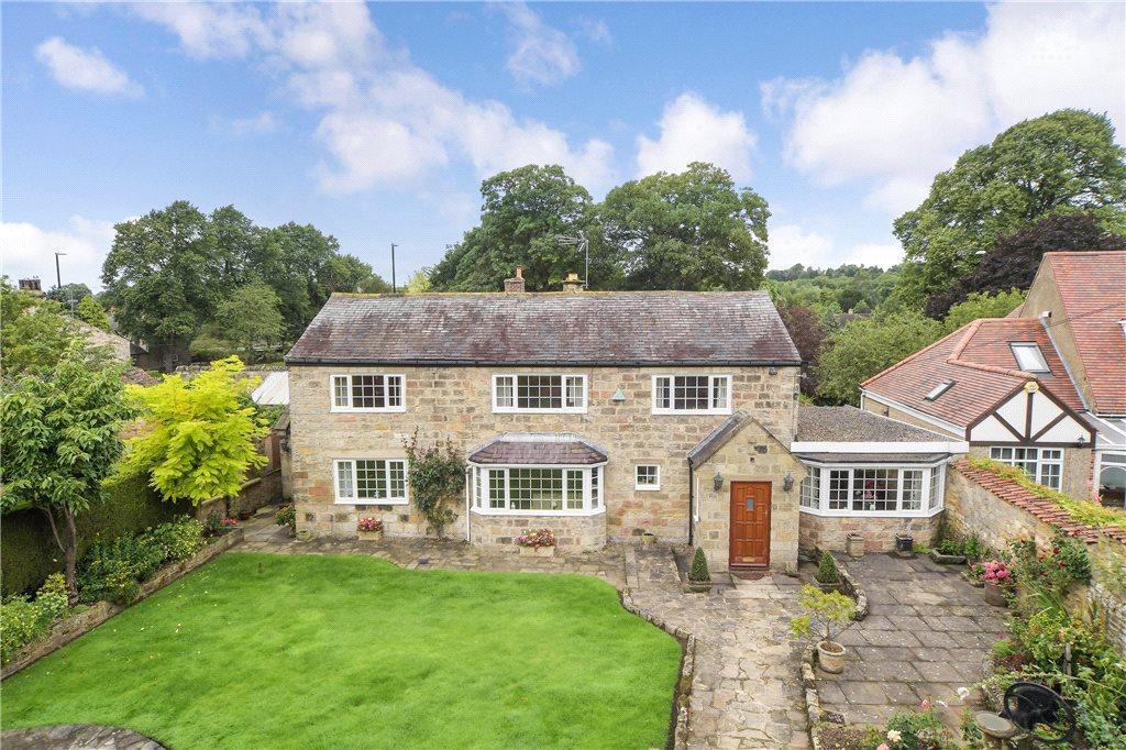 3 Bedrooms Detached House for sale in School Lane, Collingham, West Yorkshire