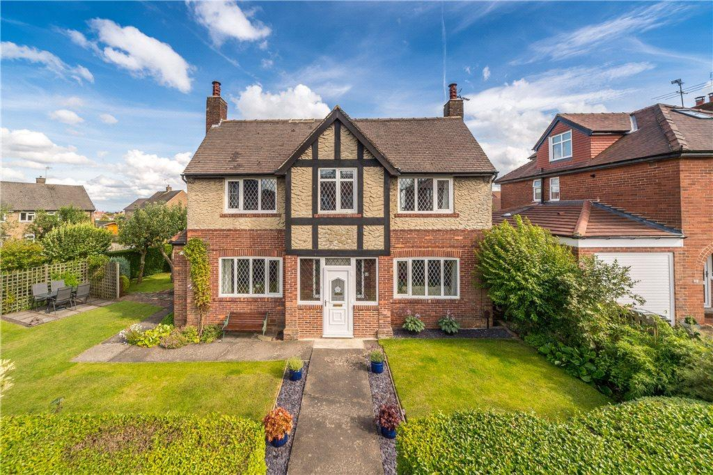3 Bedrooms Detached House for sale in Rossett Way, Harrogate, North Yorkshire