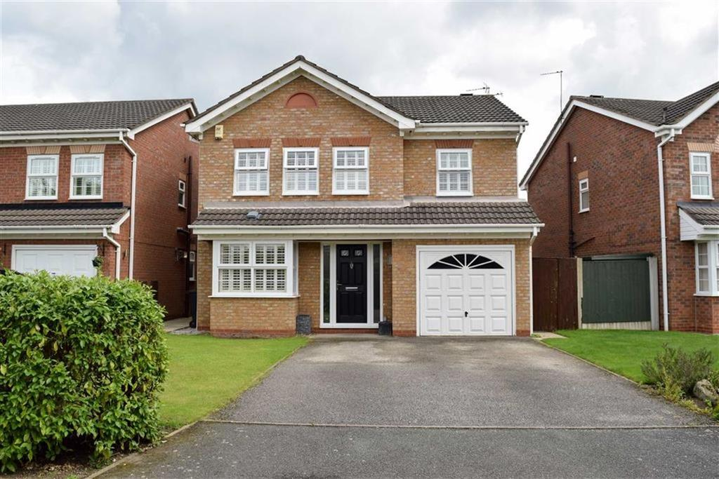 4 Bedrooms Detached House for sale in Abbey Close