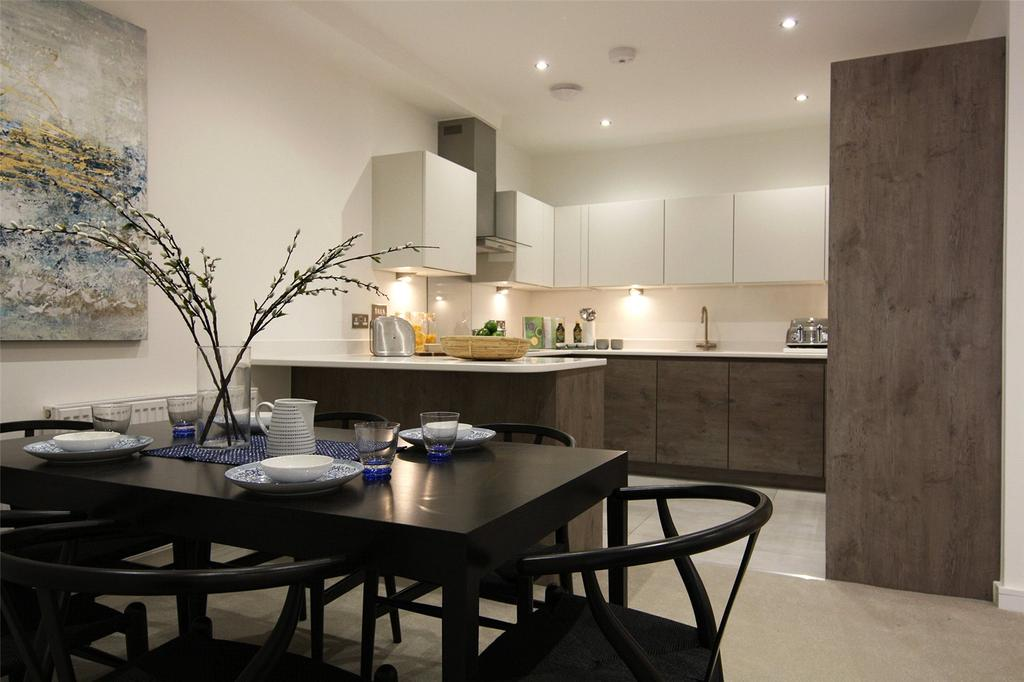 2 Bedrooms Flat for sale in Cornwall Road, Waterloo, London, SE1