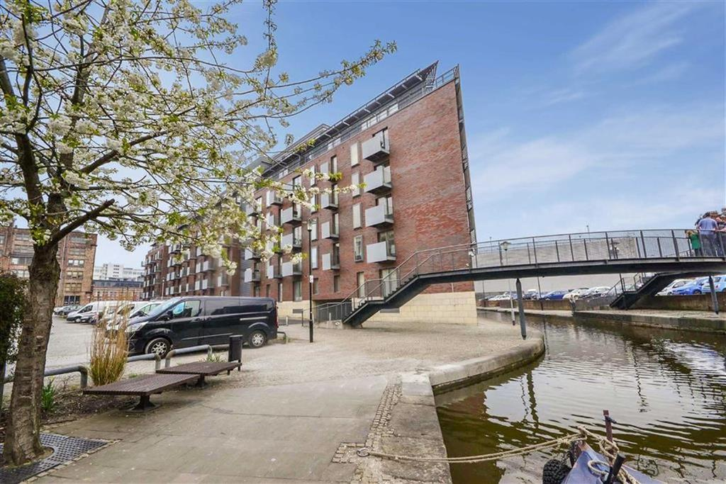 2 Bedrooms Apartment Flat for sale in Vantage Quay, Piccadilly Basin, Manchester, M1