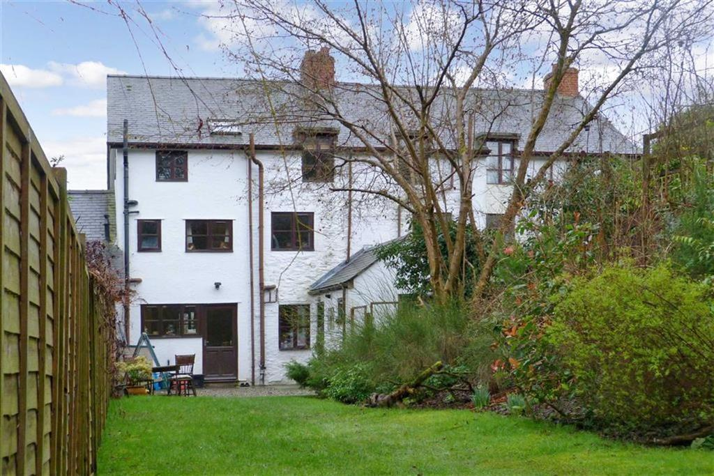 5 Bedrooms Country House Character Property for sale in Mill Lane, Pendref Mill, Llanfyllin, SY22