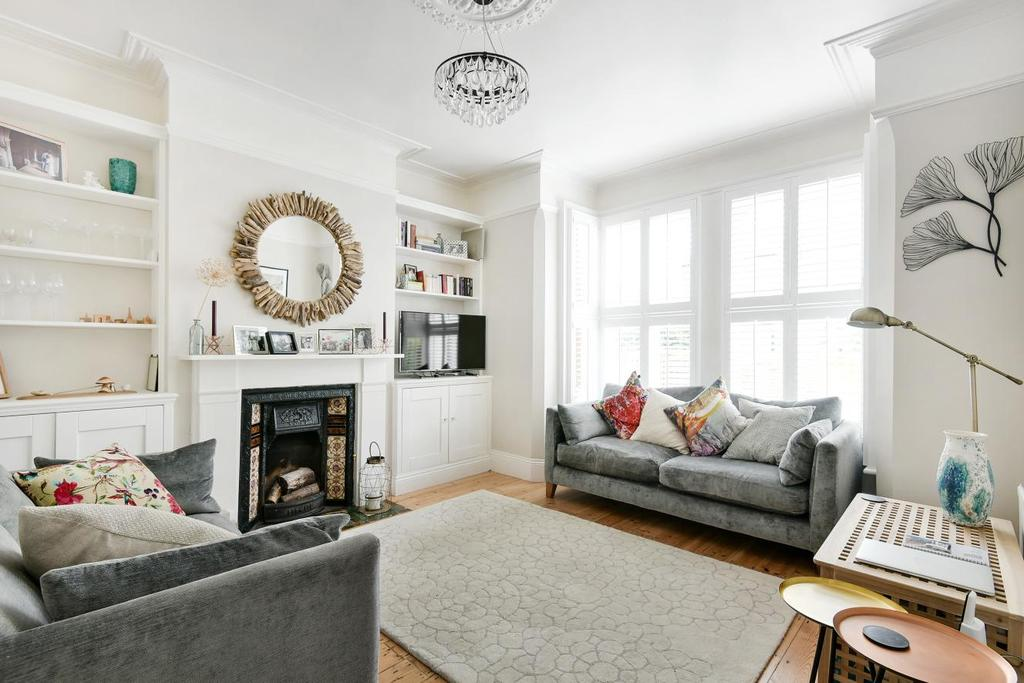 3 Bedrooms Flat for sale in Clive Road, West Dulwich