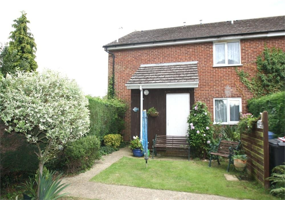 1 Bedroom Maisonette Flat for sale in Mallard Way, Great Cornard, Sudbury, Suffolk