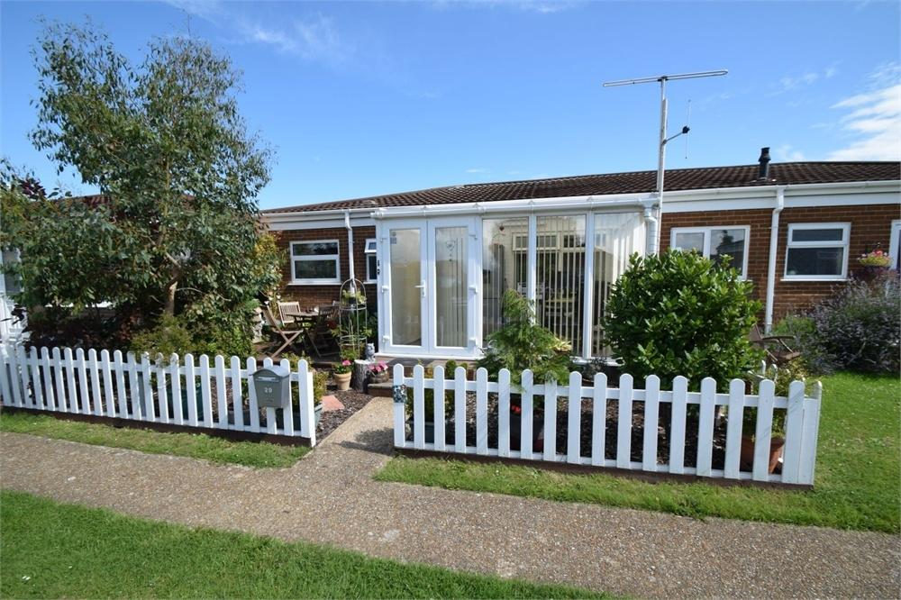 2 Bedrooms Semi Detached Bungalow for sale in Viking Way, Kings Park, East Sussex